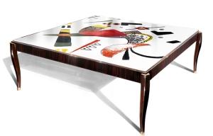 tavolino Turning the table